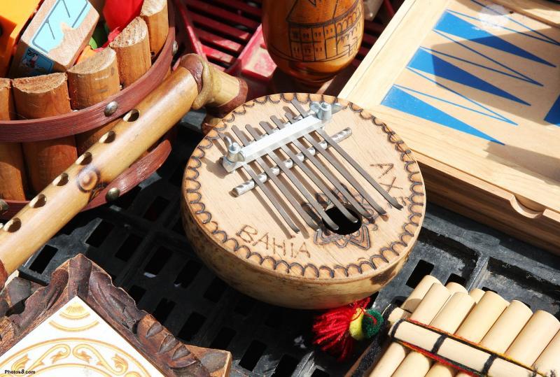 instrumentos de madeira